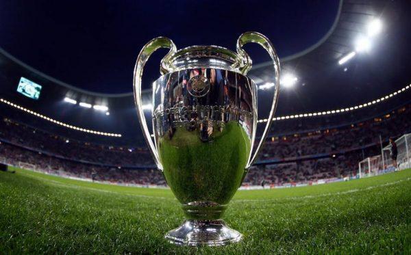 Riparte l' Europa del calcio senza le squadre italiane