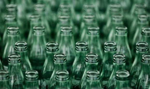 Tutto sul riciclaggio del vetro