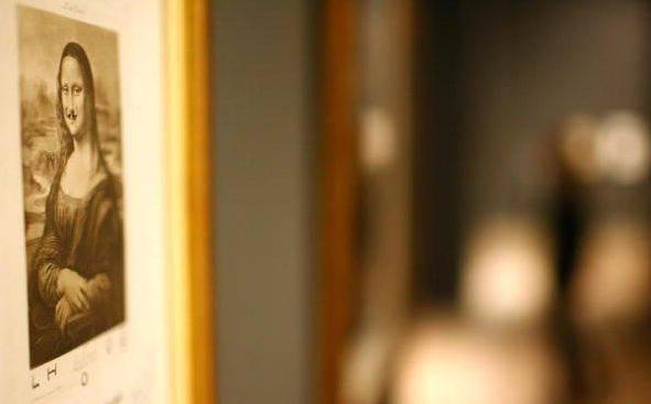 La celebre Gioconda con i baffi di Duchamp.